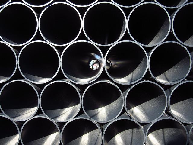 Repolen, tuberías, tubos y accesorios de plástico