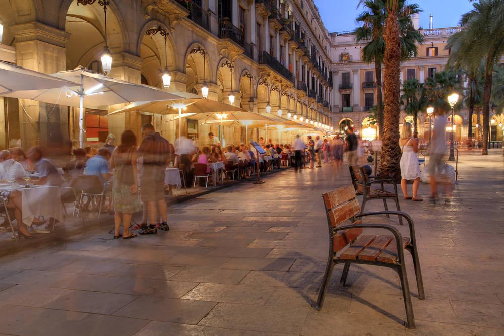 Las Mejores Zonas para Alojarnos en Barcelona